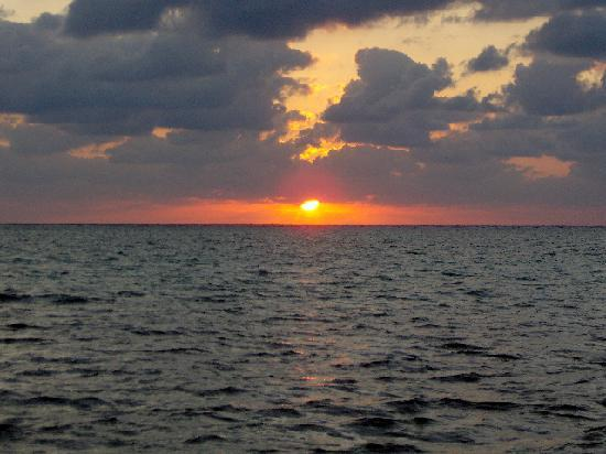 Xaman Ek Resort & Spa: Carribean sunset