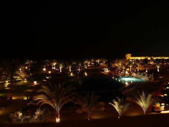 Continental Hotel Hurghada: Vue de la chambre