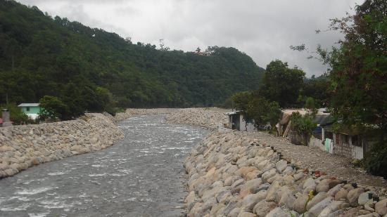 Boquete (เมืองโบเกเต), ปานามา: Caldera River