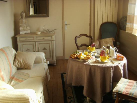 Villa Saint Corentin : Le coin déjeuner