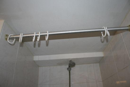 Damrak Inn Hotel Amsterdam: Dusche ohne Vorhang