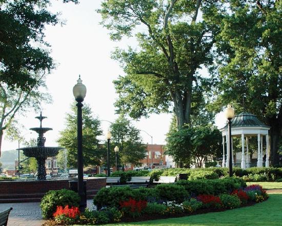 Cobb, GA: Marietta Square
