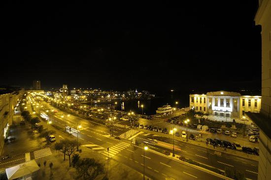 Starhotels Savoia Excelsior Palace: Night view  from room