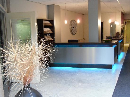 Hotel Waalwijk : reception