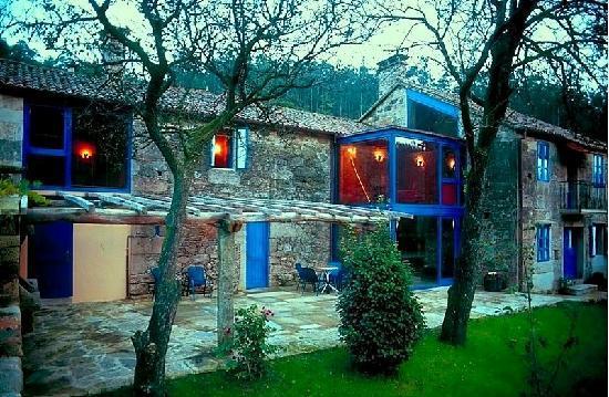 Casa Perfeuto Maria: Vista desde el huerto al atarde