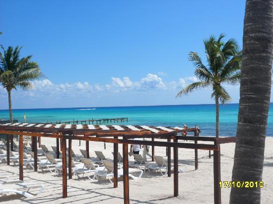 The Fives Azul Beach Resort Playa Del Carmen Beds