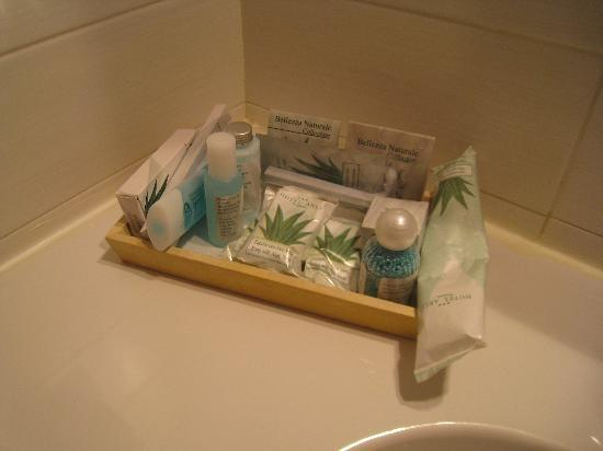 Arli Hotel: wide assortiment bathroom essentials