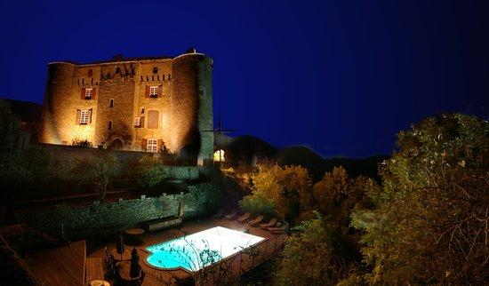 Château de Montalègre : La nuit