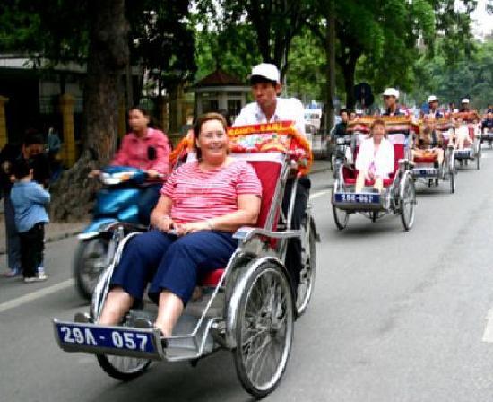 Vietnam Phoenix - Day Tours: Hanoi Cycle