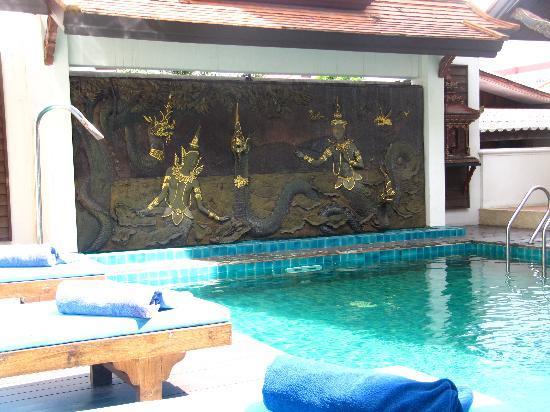 Pool 2 Picture Of De Naga Hotel Chiang Mai Tripadvisor