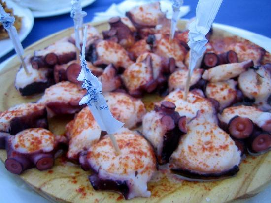 Hotel Caracol: Pulpo (Octopus) local Speciality