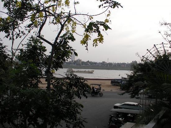 River 108 Boutique Hotel: dal balcone