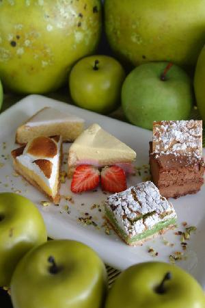 Le Lait de Mai: Dessert (crédit photos : Hubert Moal)