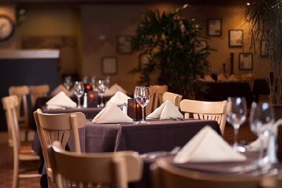 Wyndham Garden Boise Airport: Experience the acclaimed Castle Ranch Steak House