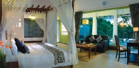 Aanavilasam Luxury Plantation House: Pool Villa Room - Aanavilasam