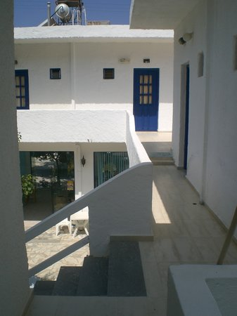 Antonios Apartments