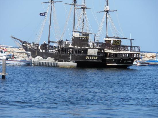 Club Marmara Yasmine: bateau pirate