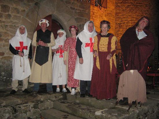 Chateau de Montalegre: The great medieval night!!!! Costun=mes provided by the chateau!!!