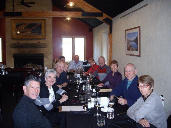 Off The Rails Cycle Tours: The food at the local pubs and Otago wine in the evenings adds to the expereince..