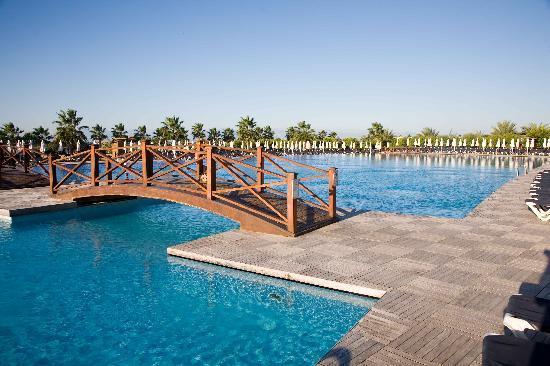 Voyage Belek Golf & Spa: Main pool