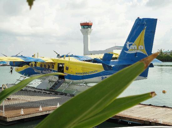 Maafushivaru: Seaplane Transfers