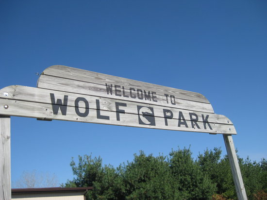 Battle Ground, IN: Wolf Park Entrance
