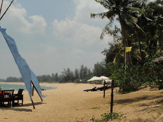 Tanjong Jara Resort: Lovely Beach