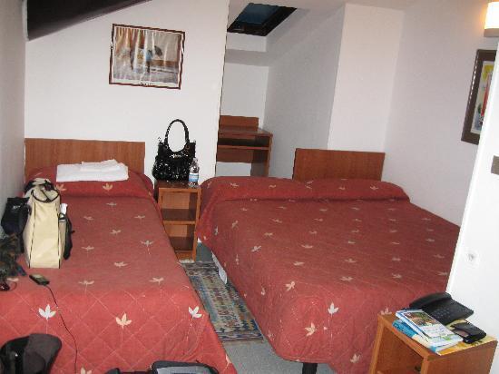 Trentina: la prima stanza che ci hanno dato: era da 4 e noi eravamo in 2!