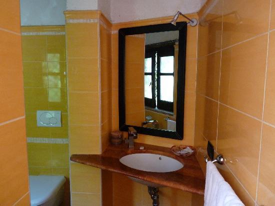 Residenza L'Antico Borgo: Bathroom