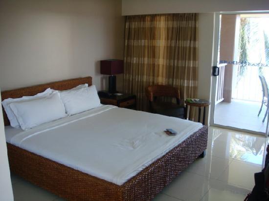 Heritage Park Hotel Honiara: comfy bed & clean room