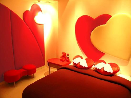 The Adventure Hotel: St.Valentine Room