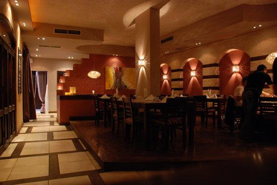 Divino Restaurant, Wine & Bar : Inside restaurant...