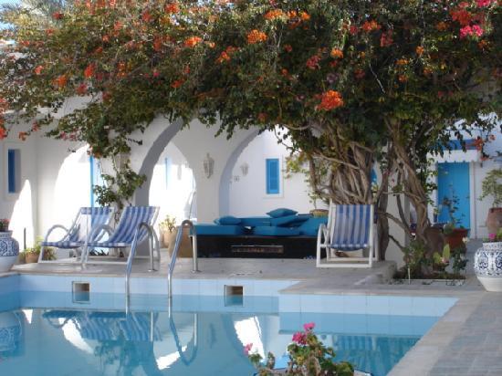 Dar Ali Residence: Pool Area