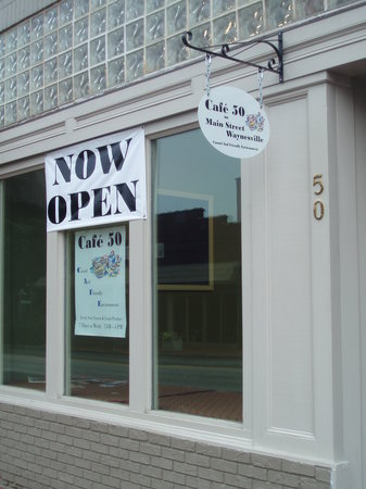 Cafe 50 on Main Street: Front of Cafe 50
