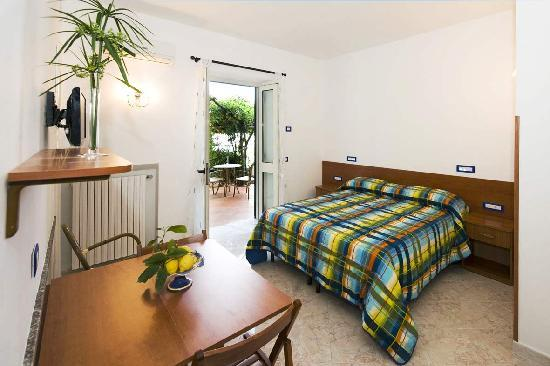 Ravello Rooms: double room