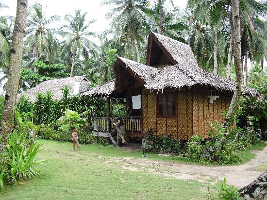 Siargao Inn: Eines der 8 Hütten im Siargao-Inn