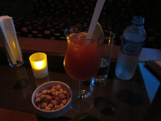 "Movenpick Hotel Izmir: In der Bar ""Mistral"""