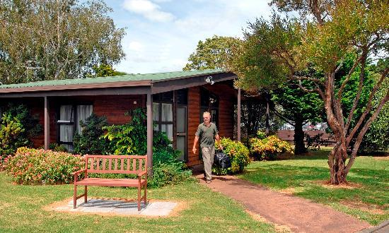 Grange Lodge Motel: Unit Entrance