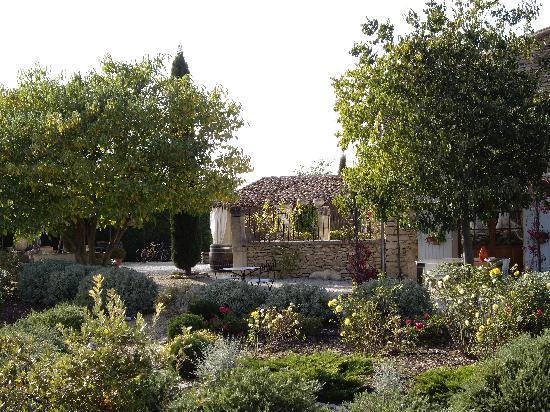 Le Mas Regalade : Côté jardin