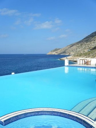 Kamares, Greece: pool