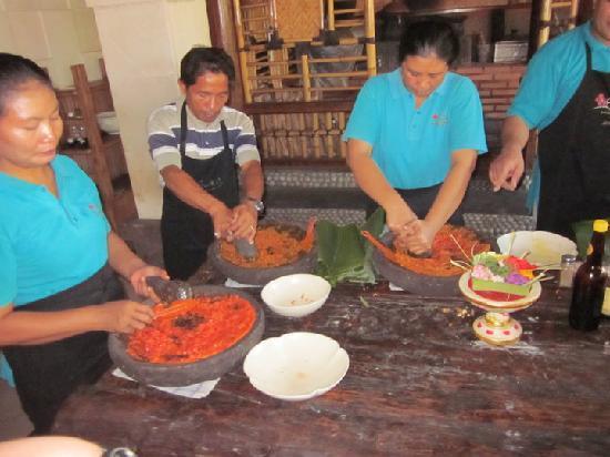 Τουμπάν, Ινδονησία: Anika Cooking Class