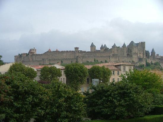 Auberge Cote Jardin: Carcassonne
