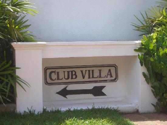 Entrance to Club Villa