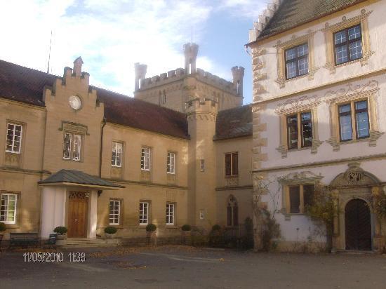 Schloss Weitenburg: castle view