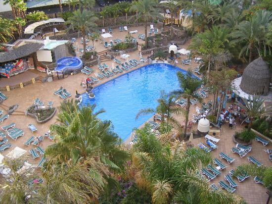 IFA Buenaventura Hotel: View of the pool from Room 858