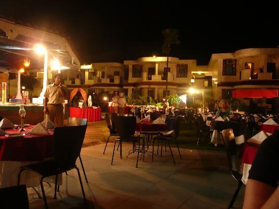 Heritage Village Club Goa : Gala Evening