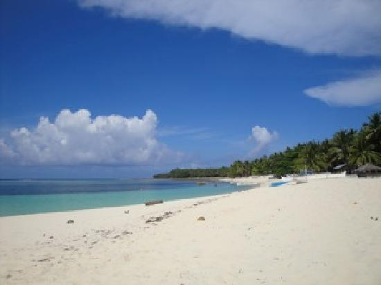 Siargao Inn: beautiful beaches all around