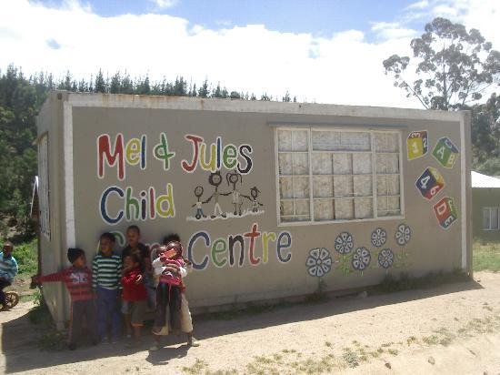 Knysna, South Africa: Day Care Centre in Front of Ella's Home