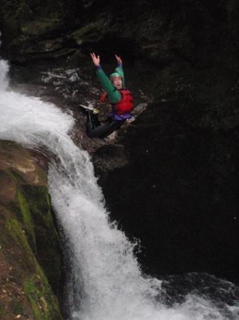 Rafting New Zealand: Waterfall Jump