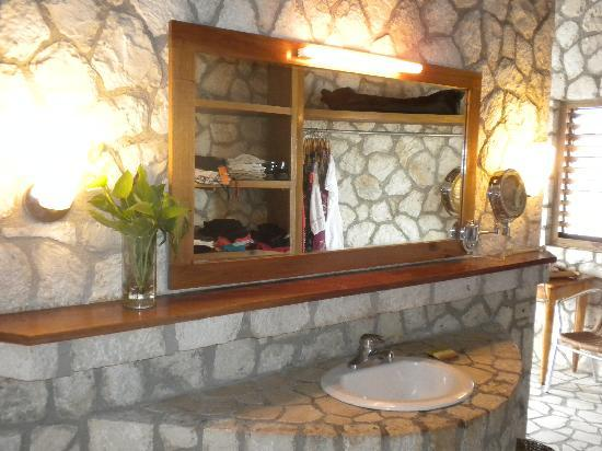 Rockhouse Hotel: The vanity area.